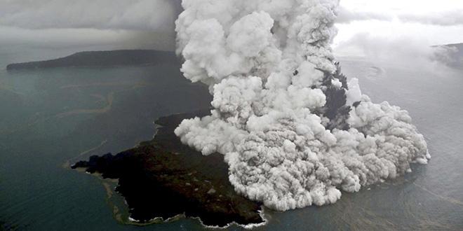 """Indonésie: Le Tsunami """"volcanique"""" fait près de 430 morts"""