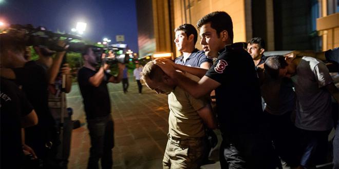 Turquie-Putsch : les accusations fusent