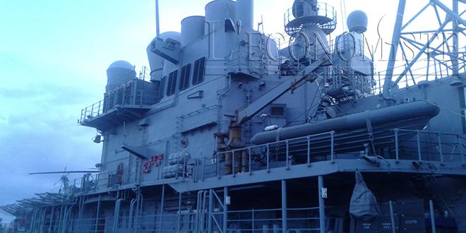 Le vaisseau américain USS Vella Gulf (CG72) accoste à Agadir