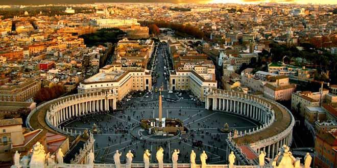 Pédophilie : arrestation au Vatican d'un prêtre ex-diplomate
