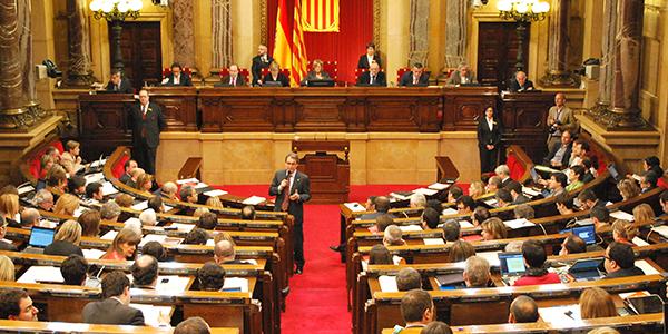 """Résultat de recherche d'images pour """"photos parlement catalan"""""""